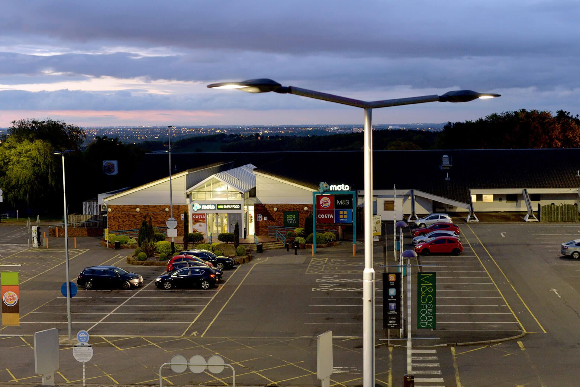 Energy-efficient Ampera luminaires provide a viable return on investment for this busy service station
